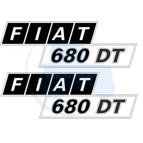 JEU AUTOCOLLANTS COTÉS CAPOT FIAT 680DT